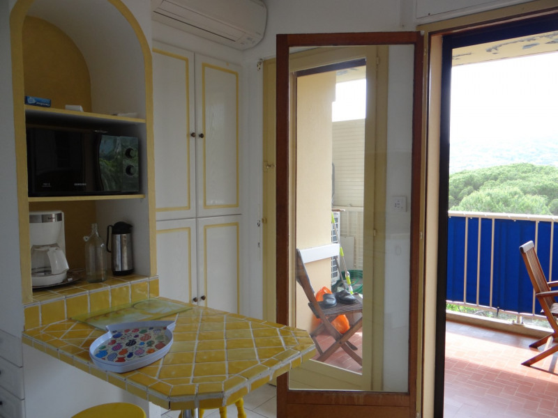 Location vacances appartement Cavalaire sur mer 600€ - Photo 7