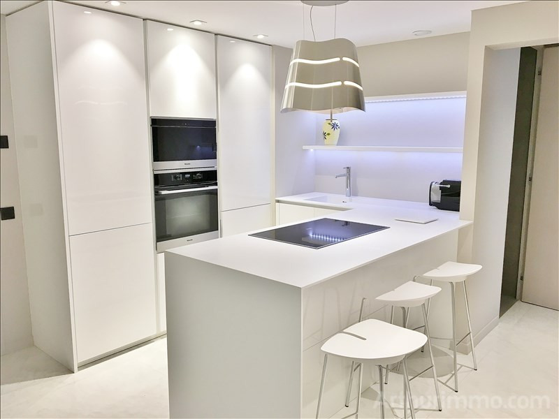 Deluxe sale apartment Cannes 1 270 000€ - Picture 4