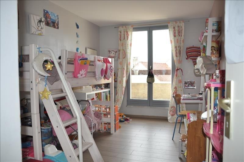 Sale house / villa St nom la breteche 565000€ - Picture 5