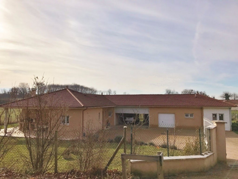 Sale house / villa Bourgoin jallieu 338000€ - Picture 1