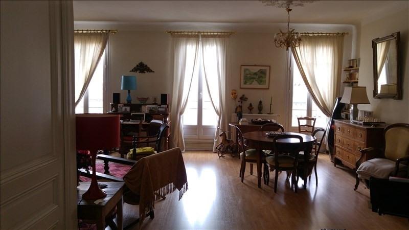 Sale apartment Toulon 200000€ - Picture 1