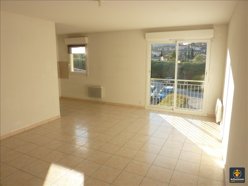 Rental apartment Roquebrune sur argens 760€ CC - Picture 2
