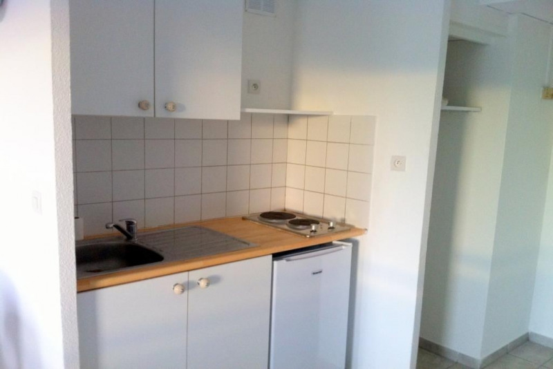 Rental apartment Nice 560€cc - Picture 4