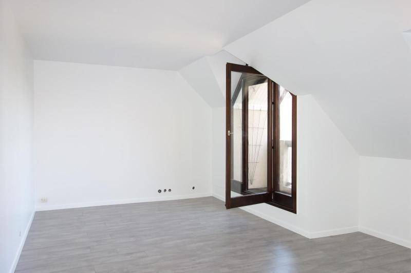 Rental apartment Saint thibault des vignes 780€ CC - Picture 1