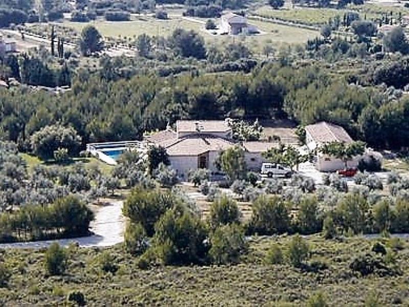 Vente de prestige maison / villa Boulbon 870000€ - Photo 1