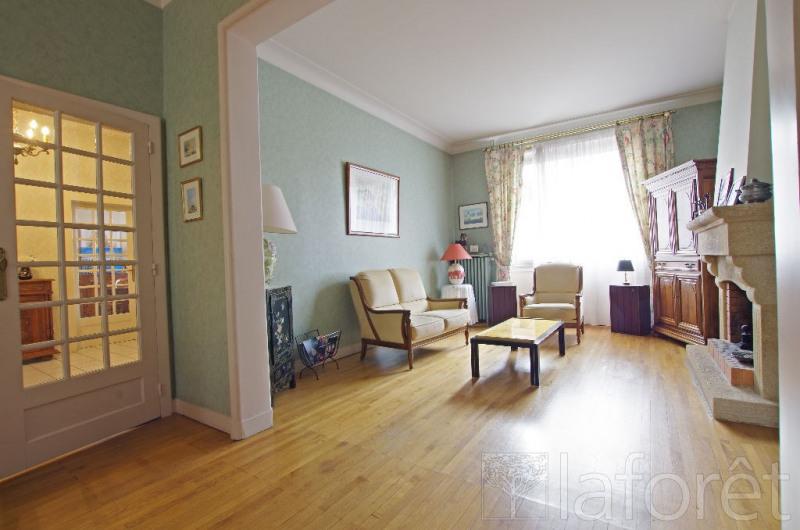 Sale house / villa Cholet 279000€ - Picture 1