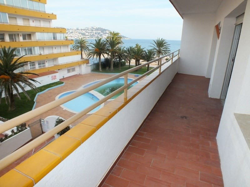 Location vacances appartement Roses santa-margarita 392€ - Photo 3