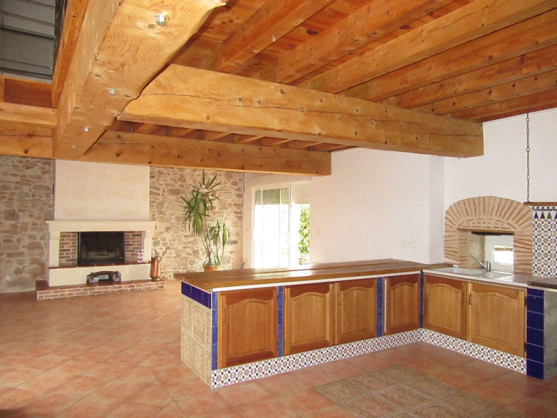 Location maison / villa Vaunac 1000€ CC - Photo 2