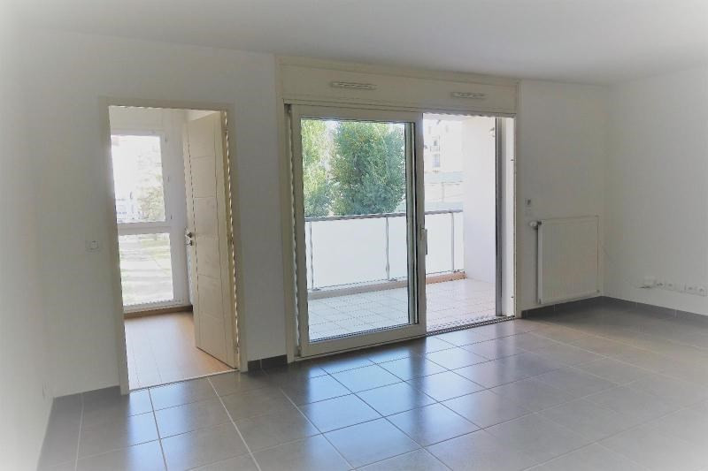 Location appartement Grenoble 1005€ CC - Photo 2