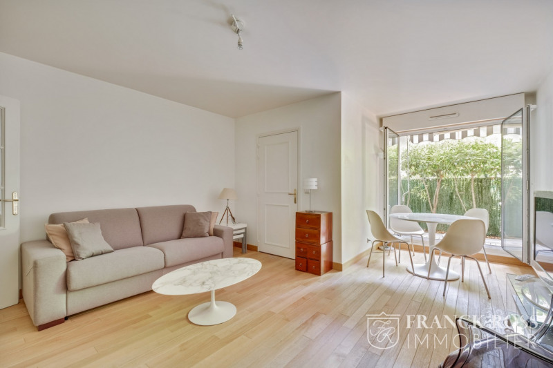 Alquiler  apartamento Paris 16ème 2000€ CC - Fotografía 2