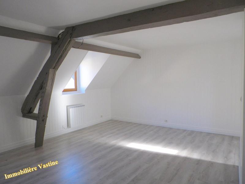 Location appartement Senlis 550€ CC - Photo 1