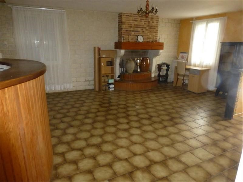 Sale house / villa St jean d angely 107 000€ - Picture 3