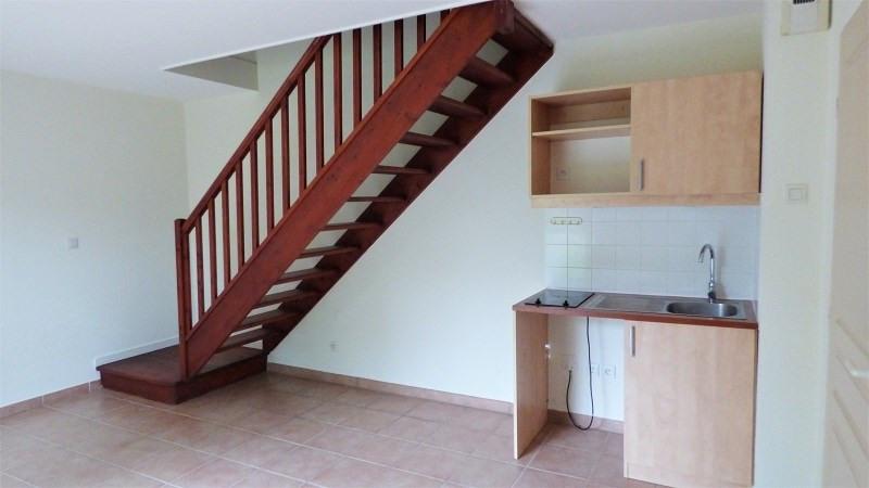 Location maison / villa Prevessin moens 835€ CC - Photo 2