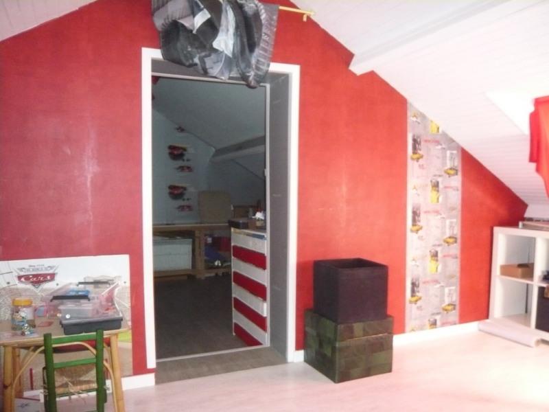 Sale house / villa Laval 252000€ - Picture 6