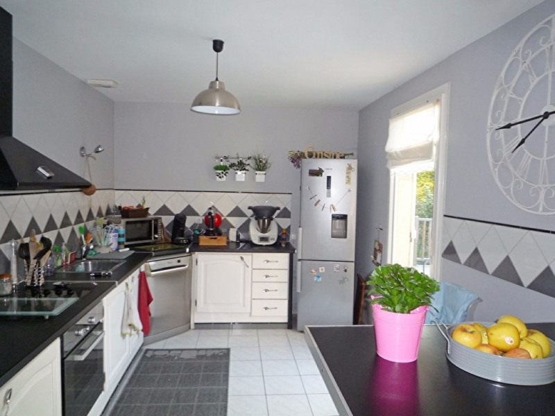 Sale house / villa Foulayronnes 254000€ - Picture 2