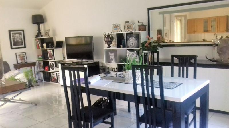 Sale house / villa Le pontet 303450€ - Picture 3