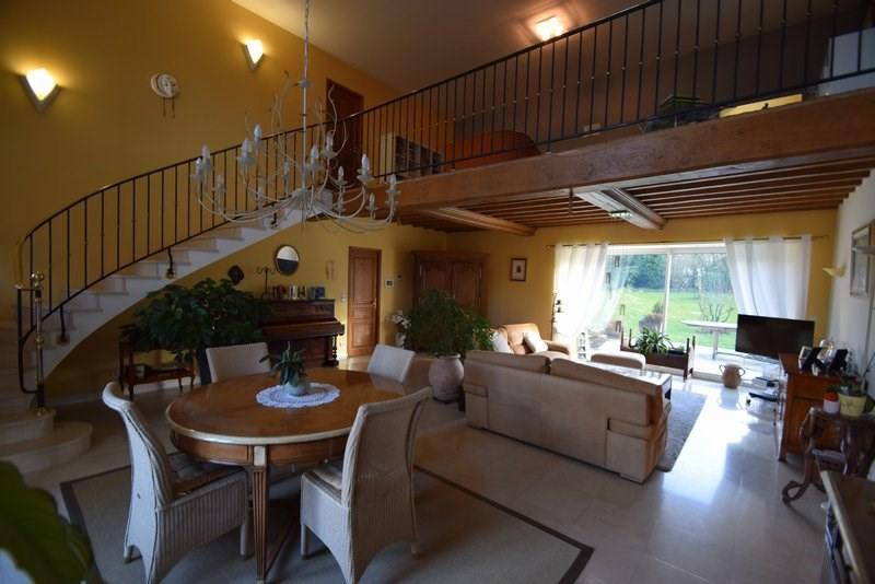 Revenda residencial de prestígio casa St lo 554000€ - Fotografia 2