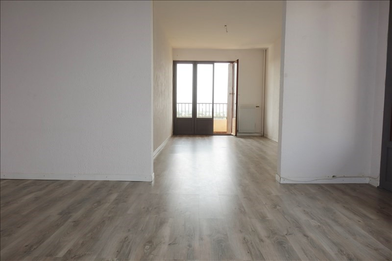 Location appartement Hyeres 900€ CC - Photo 2