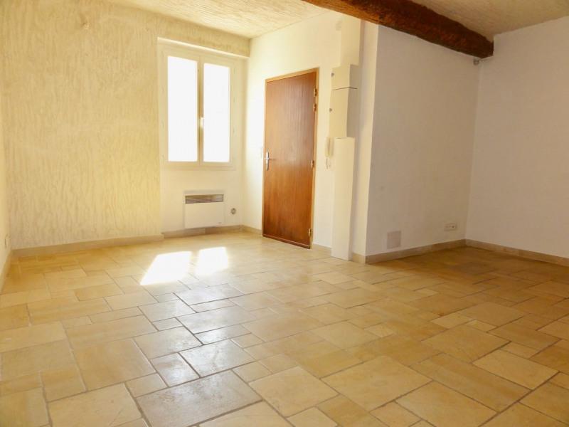 Rental apartment Le beausset 710€ CC - Picture 6
