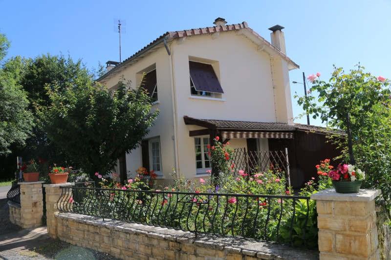 Sale house / villa St front la riviere 85900€ - Picture 1