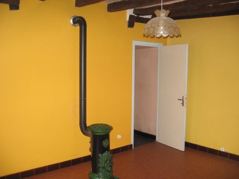 Location maison / villa Montflours 300€ +CH - Photo 3