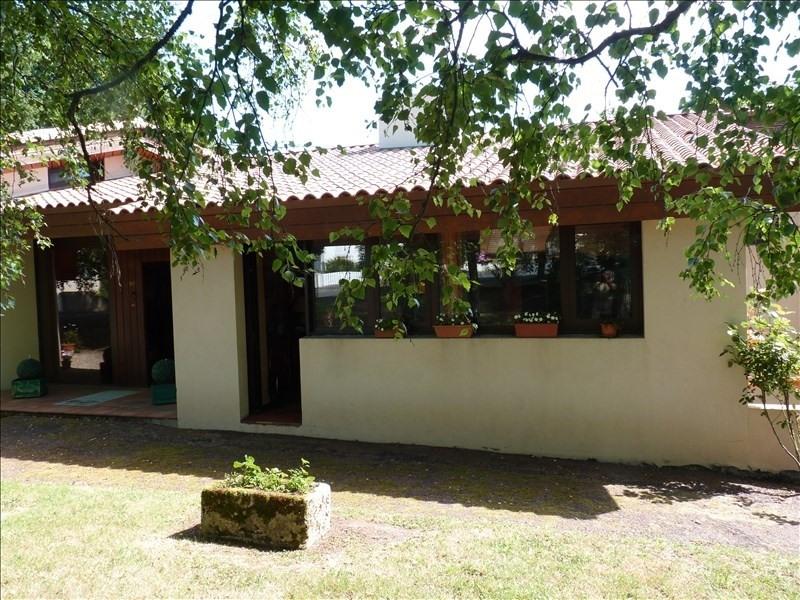 Deluxe sale house / villa La roche sur yon 510000€ - Picture 2
