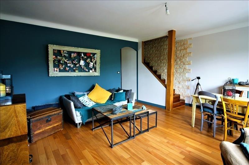 Sale apartment Ste genevieve des bois 220000€ - Picture 2