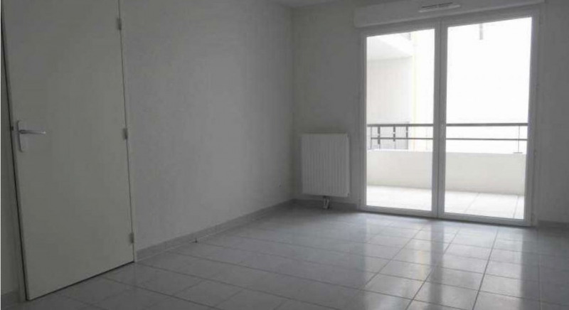 Location appartement Nimes 514€ CC - Photo 2