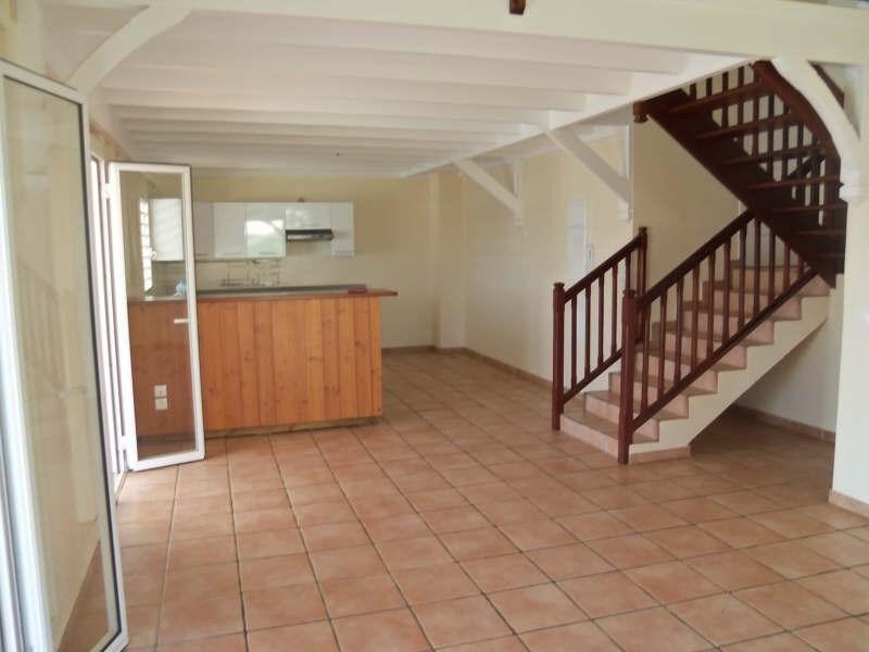 Rental apartment St francois 1100€ CC - Picture 1