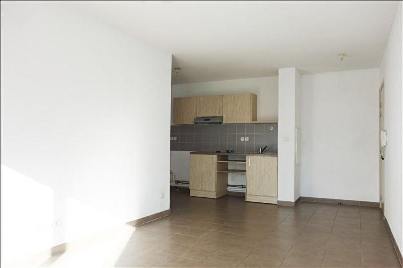 Verhuren  appartement Seyne sur mer 690€ CC - Foto 2