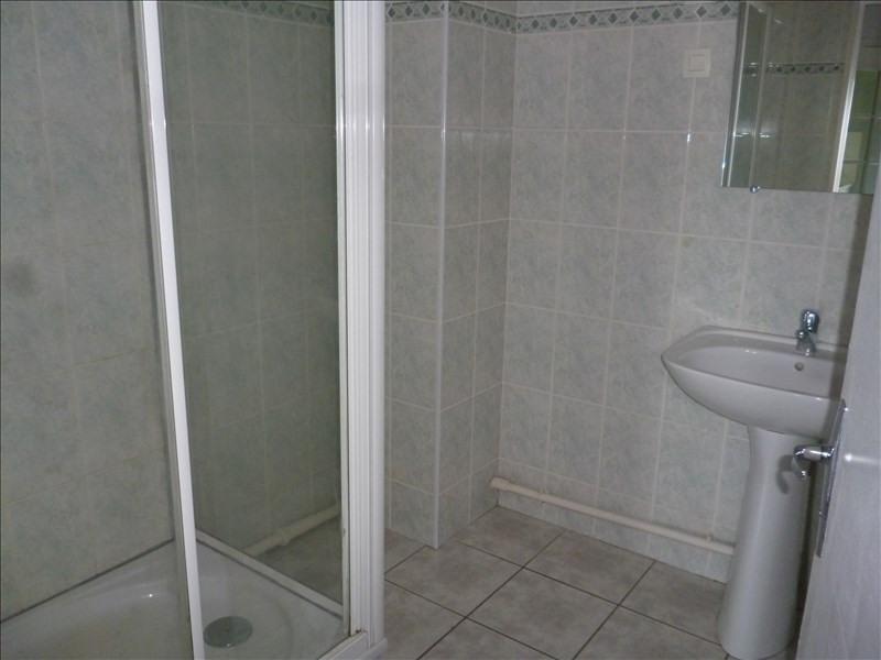 Location appartement Le coteau 605€ CC - Photo 7