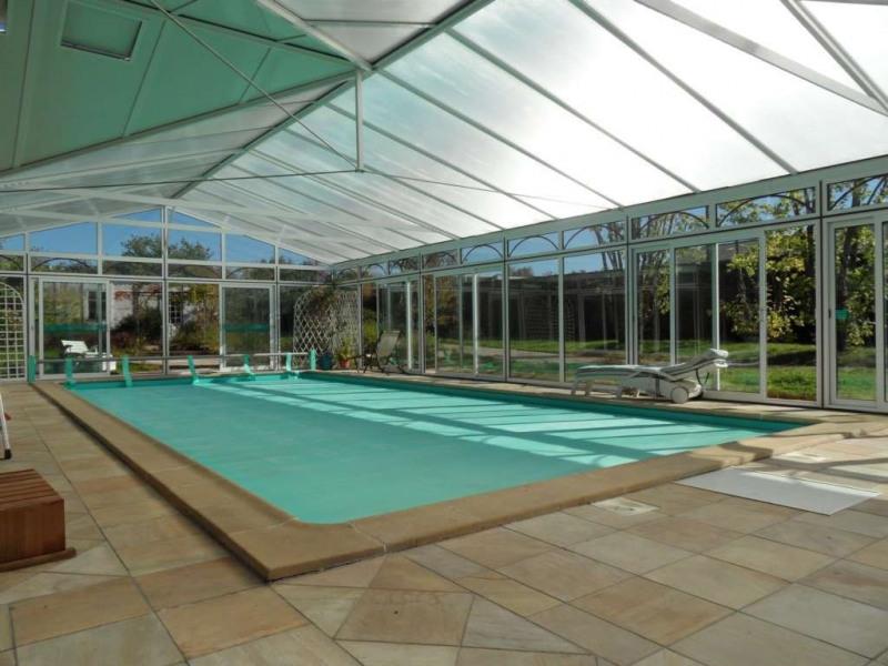 Sale house / villa Change 427480€ - Picture 1
