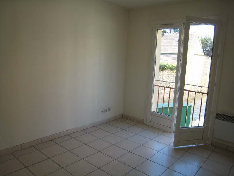 Rental apartment St ouen l aumone 675€ CC - Picture 2