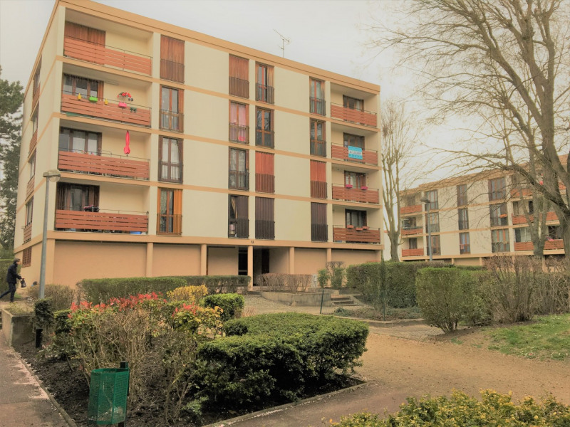 Location appartement Franconville 857€ CC - Photo 1