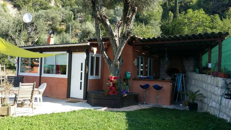 Sale house / villa Levens 259000€ - Picture 1