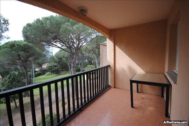 Sale apartment Valescure 138 000€ - Picture 2