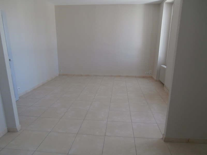 Rental apartment Salon de provence 850€ CC - Picture 3