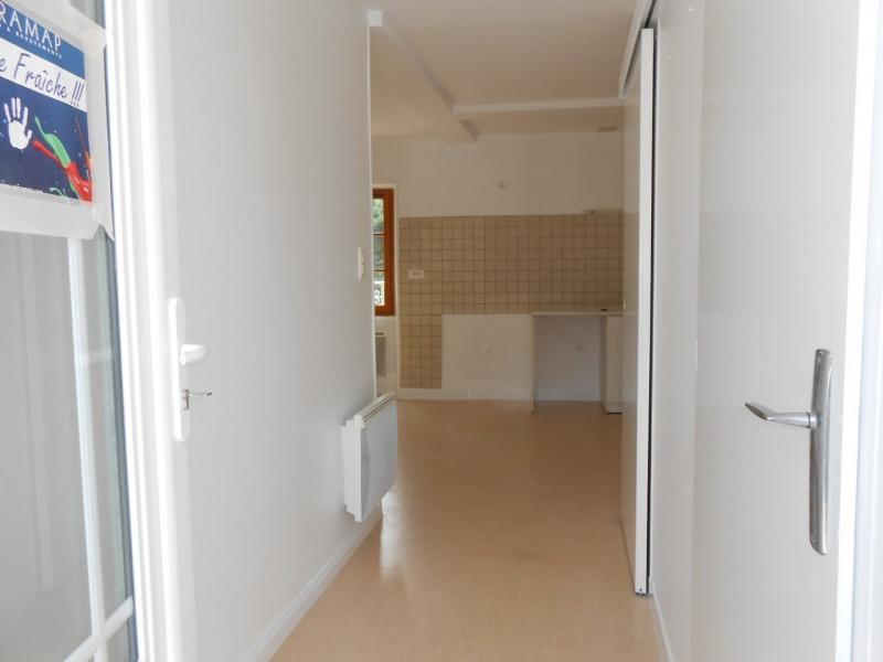 Location appartement Dunieres-sur-eyrieux 340€ CC - Photo 6