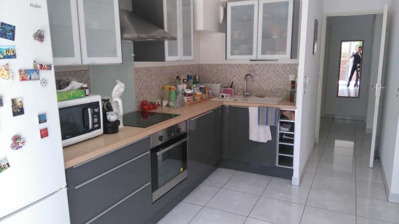 Sale apartment Toulon 240000€ - Picture 3