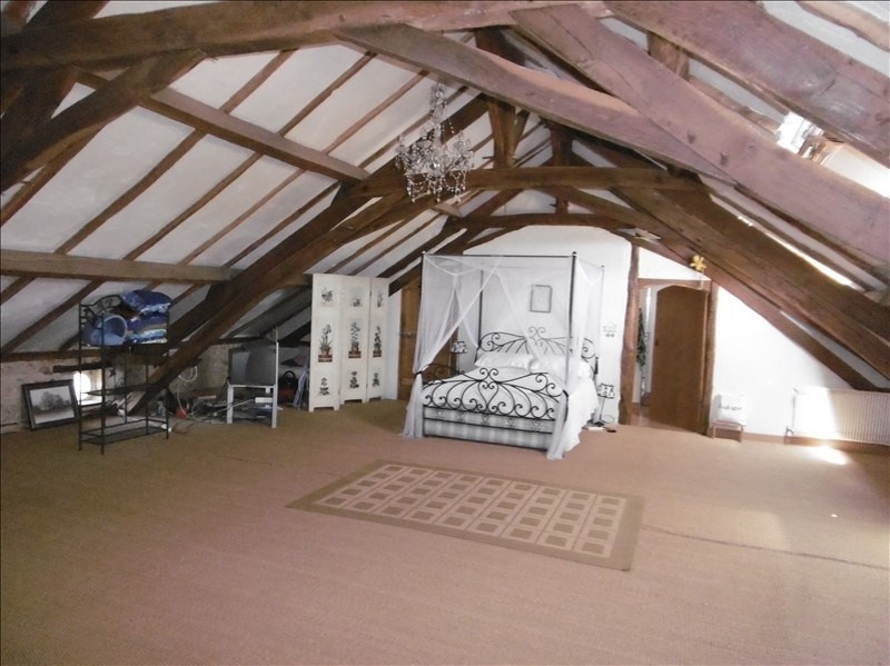 Sale house / villa Eglise neuve d issac 394000€ - Picture 8