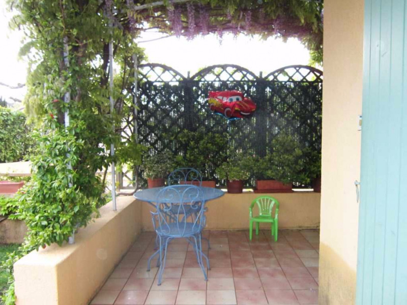 Location maison / villa Lambesc 895€ CC - Photo 5