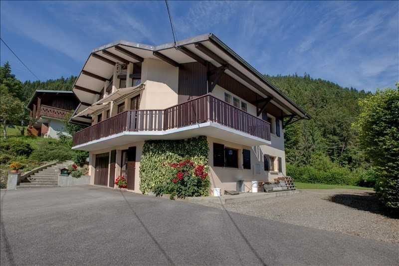 Deluxe sale house / villa Essert romand 649000€ - Picture 1