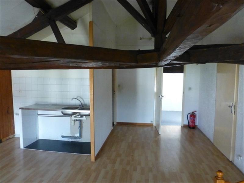 Sale house / villa Saint-jean-d'angély 117000€ - Picture 3