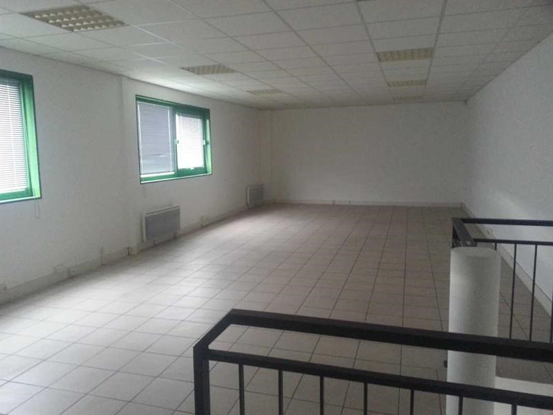 Location Local d'activités / Entrepôt Persan 0