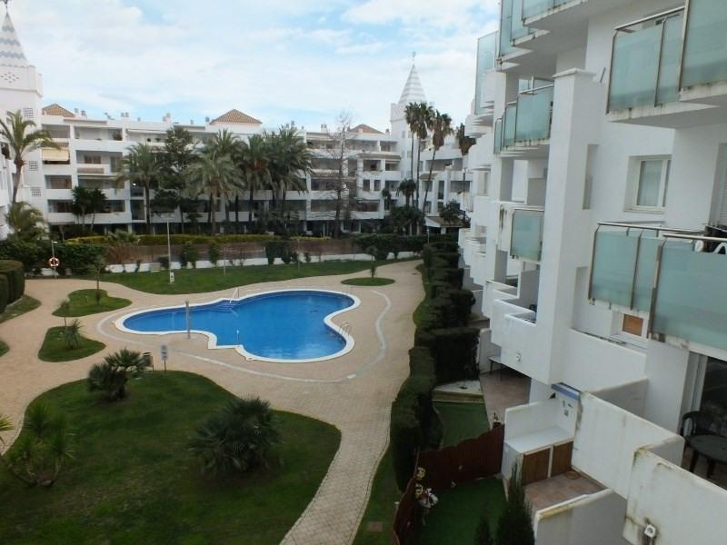 Location vacances appartement Roses-santa margarita 320€ - Photo 4