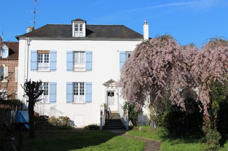 Sale house / villa Beauvais 445000€ - Picture 1