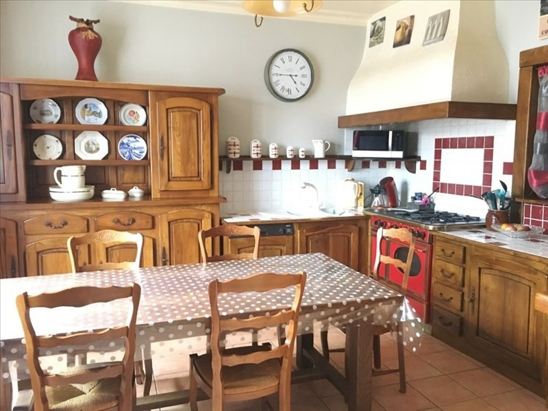 Sale house / villa Bourgoin jallieu 249 000€ - Picture 3