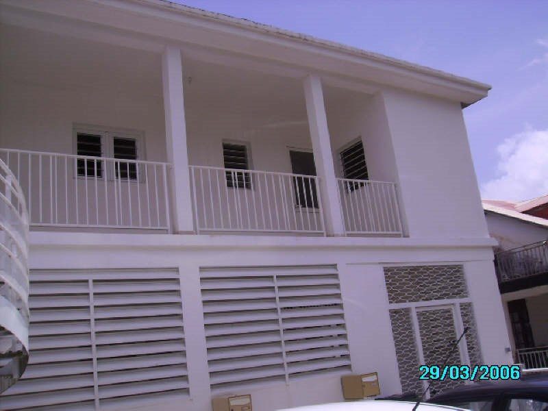 Rental apartment St claude 560€ +CH - Picture 2