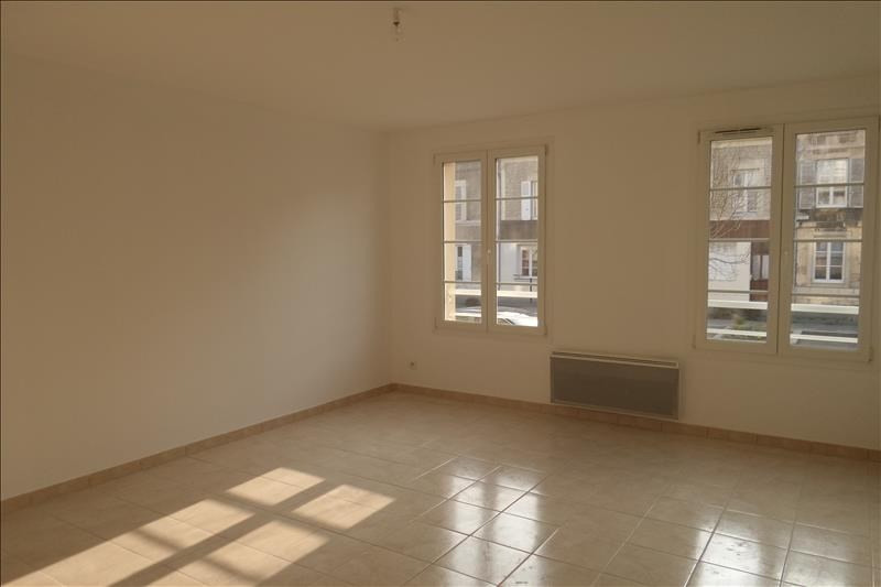 Location appartement Falaise 593€ CC - Photo 2