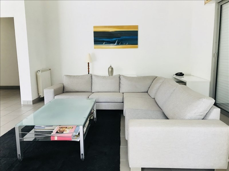 Sale house / villa St aubin de medoc 520000€ - Picture 1